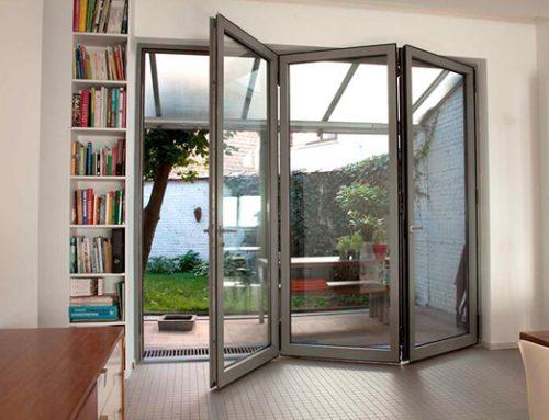 Mengapa Anda harus Menggunakan Pintu Bifold Aluminium di Rumah Anda